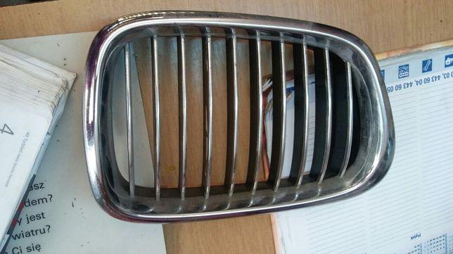Atrapy 2x nerka grilla BMW E39