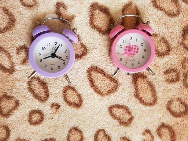Relogio miniatura - formato antigo despertador