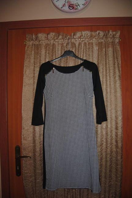 Sukienka czarno - biała w pepitkę rozm. 36-38