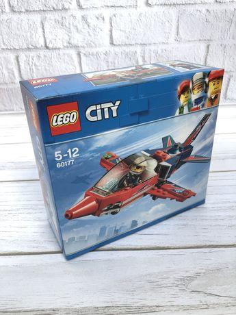 Конструктор LEGO City Самолет на аэрошоу (60177)