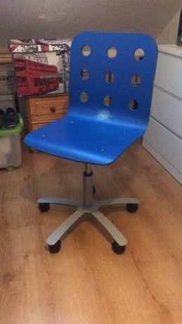 Krzesło na kółkach
