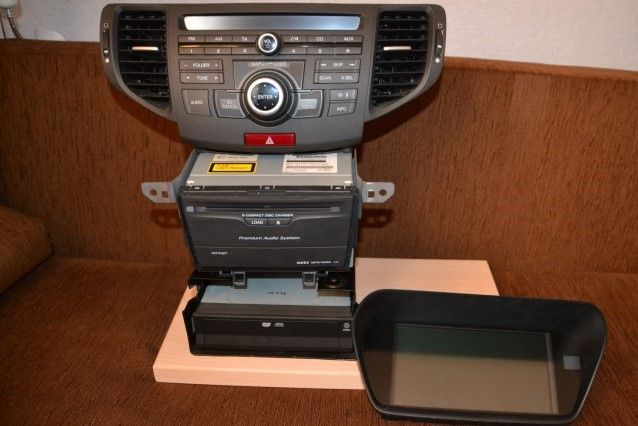 Honda Accord VIII Sedan.Radio,Nawigacja navi, wyświetlacz DVD.
