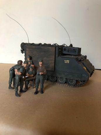 OPORTUNIDADE: Figura militar - miniatura de veículo de comando M 577
