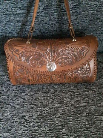 Оригинальная кожаная женская сумка- саквояж ручной работы 31*14*16 см
