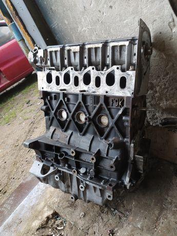 Двигатель мотор Рено трафик лагуна сценник Опель виваро 1.9dci