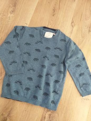 Sweterek w niedźwiedzie zara