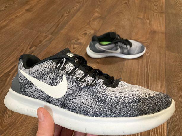 Кроссовки Nike free run 2017 оригинал размер 37,5 б у