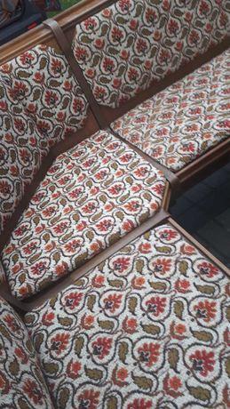 Narożnik kuchenny plus 2 krzesła i rozkładany stół