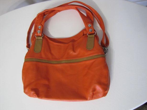 Śliczna pomarańczowa torba