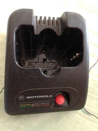 Зарядный стакан радиостанции Моторола