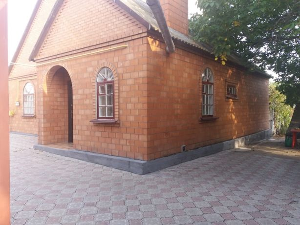 Продам дом на берегу Азовского моря в пгт Ялта