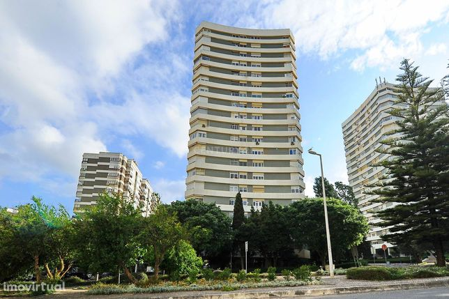 Excelente Apartamento T3 Centro Miraflores 176M2 Algés Lisboa Portugal