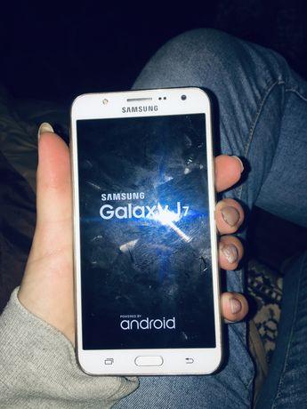 СРОЧНО Продам Samsung j7
