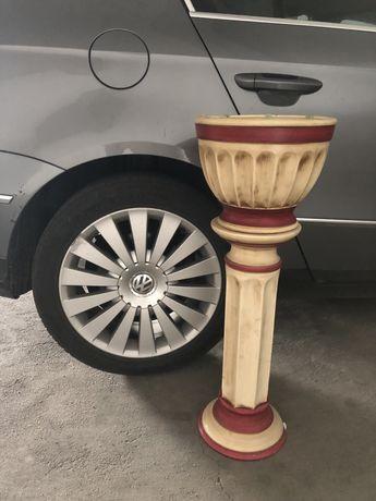 Coluna e vaso ceramica