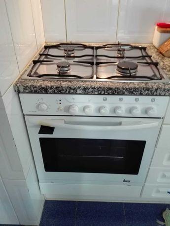 Conjunto fogão e placa Teka