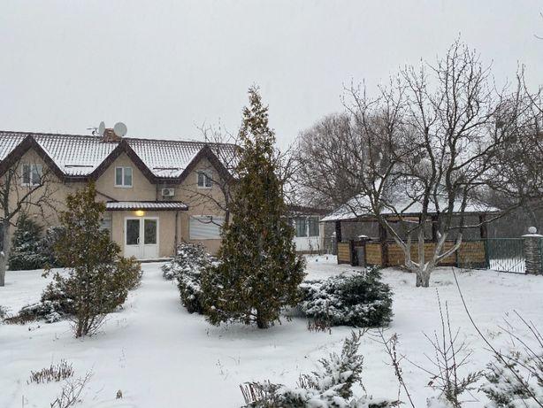 Сдам дом у озера на Русановских садах (22 Садовая). Собственник