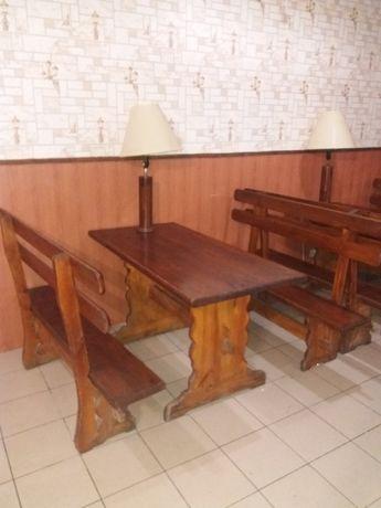 Стол с натурального дерева