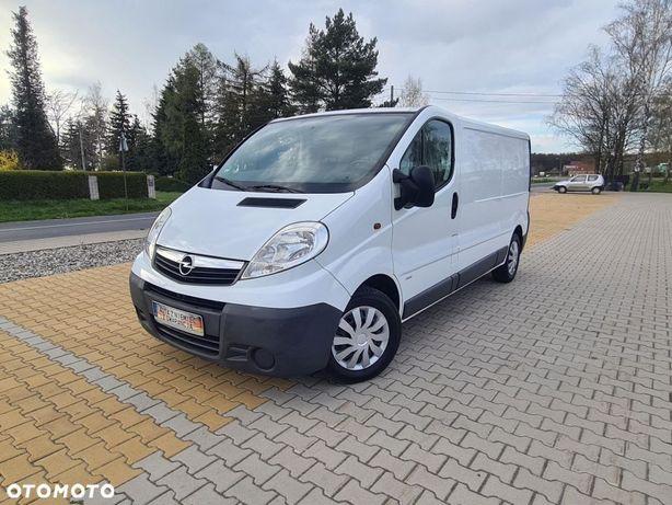 Opel vivaro  benzyna+gaz long bezwypadek po oplatach gwarancja przebiegu.