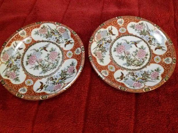 Porcelana Japonesa - Antiga - 2 pratos pequenos