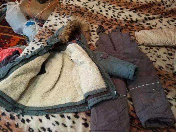 Зимний теплый комплект (курточка штаны) комбинезон на рост 116 см