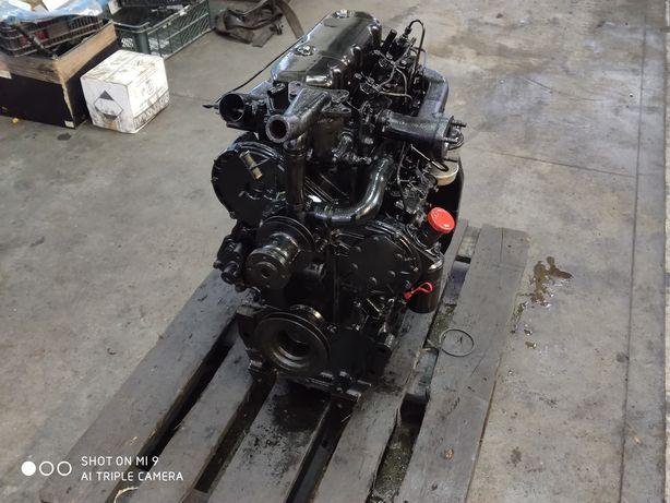 Silnik Ursus C- 360 3P, MF 3.152 Perkins