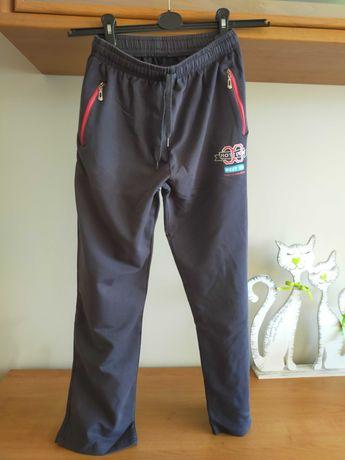 2 pary spodni dresowych chłopięcych - rozm 158-164