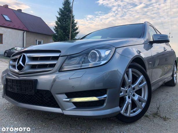 Mercedes-Benz Klasa C AMG !!+Pełne Wyposażenie+Bezwypadek+C300
