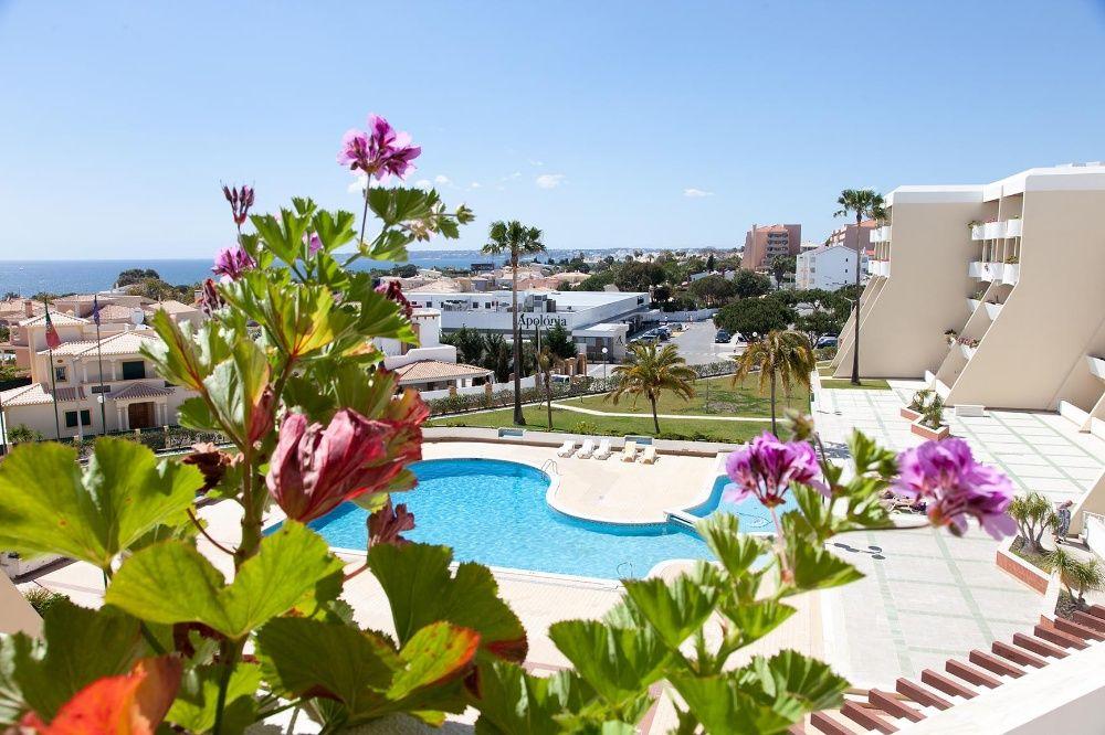 Apartamento T1 em cond com piscina na praia da Galé Albufeira Guia - imagem 1