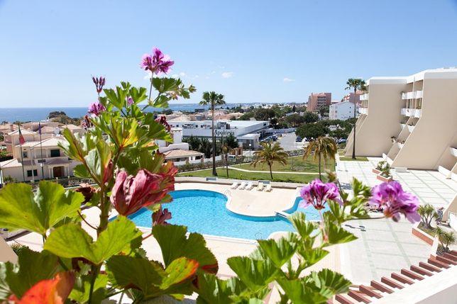 Apartamento T1 em cond com piscina na praia da Galé Albufeira