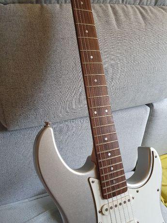 Gitara Yamaha Pacifica 112V