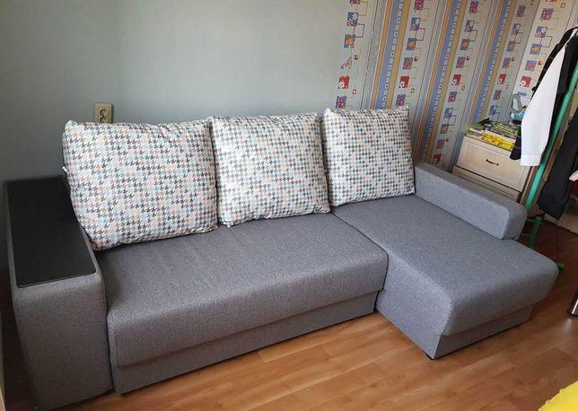 Продаю диван кутовий