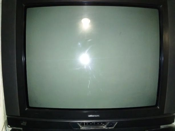 "Телевізор Universum діагональ 29 ""(72 см)"