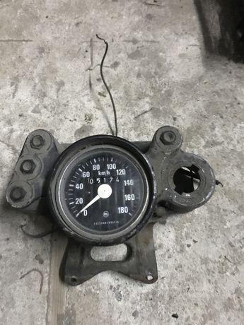 Konsola zegar licznik obudowa licznika cz 175