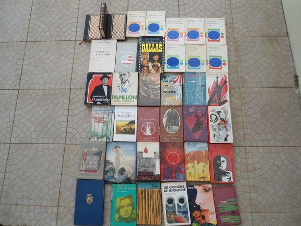 Livros lote de 38 unidades, posso vender separadamento.