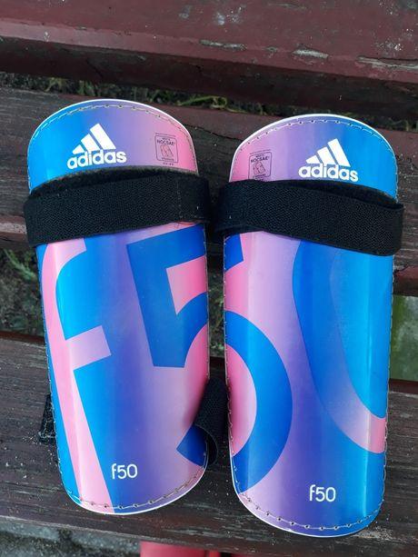 Ochraniacze na piszczele piłka nożna adidas f50