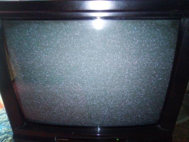 Sprzedam telewizor TV plus magnetowid vhs sharp