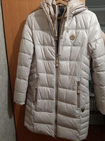 Куртка зимняя, в отличном состоянии