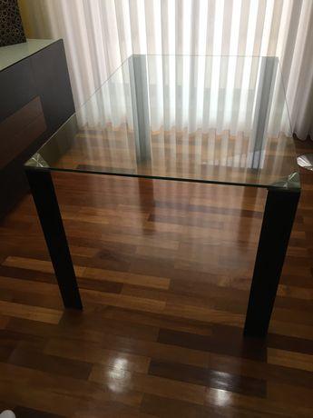 Mesa de jantar vidro c/nova