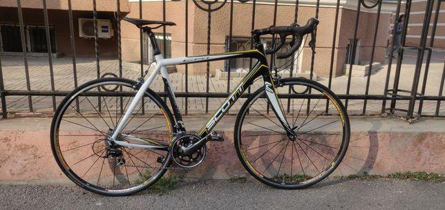 Продам Карбоновый шоссейный велосипед Scott CR1