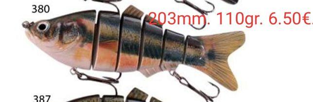 Pikes e grandes baixos são a sua presa preferencial.