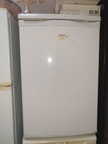 Arca frigorífica pequena