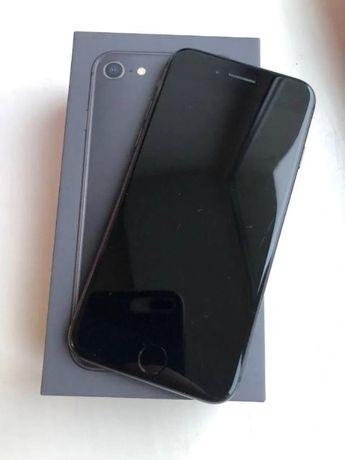Майже новий iPhone 8 айфон 8 black/чёрный/чорний