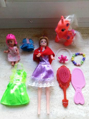 Zestaw Barbie z ubrankami