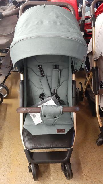 Прогулянкова коляска Carrello Echo+ дощовик