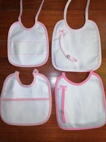 Conjunto de 4 Babetes Rosa NOVOS para bordar