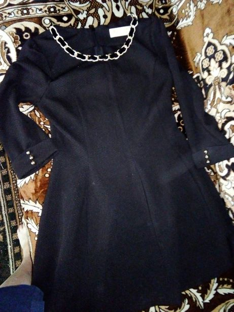Продам черное красивое платье