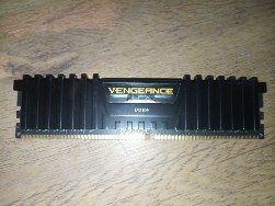 DDR 4 8ram 3000Mhz