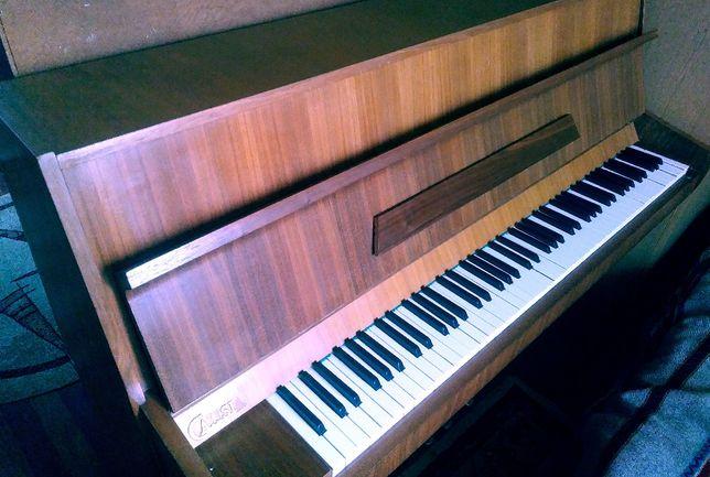 sprzedam pianino Calisia