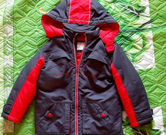Продам зимнюю куртку Mothercare