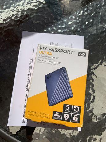 WD 5TB My Passport Ultra, USB-C and USB 3.1  (WDBFTM0050BBL-WESN)
